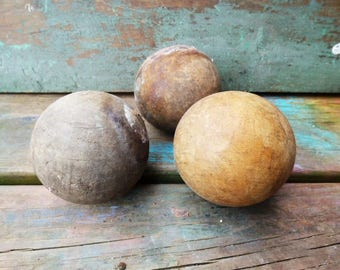 3 vintage Wood croquet Balls Rustic display Weathered Aged primitive Supplies
