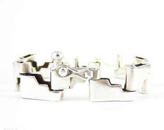 Vintage Sterling Silver Bracelet, Step Ladder Design Heavy Chain Bracelet. Mid 20th Century, 19 cm / 7.5 inches.