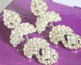 Vintage crystal earrings. Clip on earrings. Long earrings