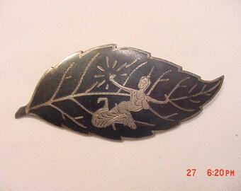 Vintage Sterling Silver Niello Siam Leaf Brooch  16 - 884