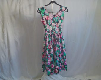 Vintage 80's Floral Tank-Dress Jumper with Cinch-Waist and Expanding Skirt by Robbie Bee® Size Small