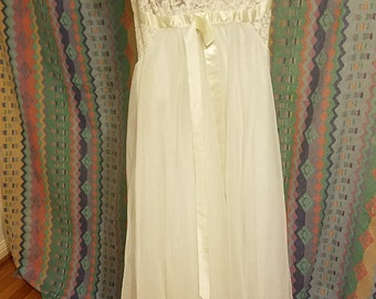 Vintage Lingerie slip dress, cream gown, dress, vintage nightie
