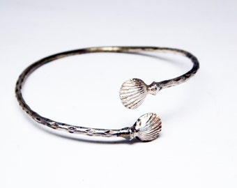 Victorian Sterling Silver Shell Bracelet - ByPass Cuff - Vintage Early 1900's - Dainty Thin Hammered Silver Antique Bracelet - Art Deco