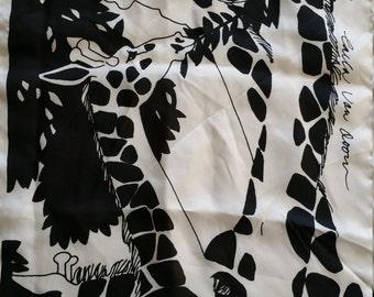 Fantastic Silk Scarf van Doon animal print black & white