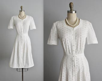 40's Eyelet Cotton Dress // Vintage 1940's Embroidered White Eyelet Pique Cotton Full Garden Party Shirtwaist Dress M