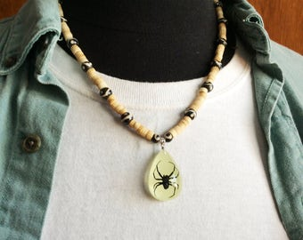 Black Spider Glow-in-the-Dark Necklace