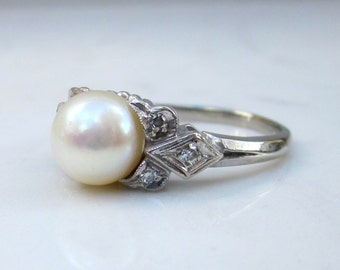 Vintage Cultured Pearl, Diamond Accent and 14k Solid White Gold Ring, Size 6.5 // Alternate Engagement Ring //