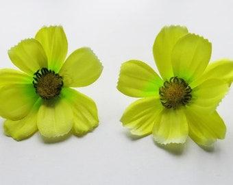 1 Pair Yellow Cosmos flower Hair Clip 2.50 inches (6.50 cm.)