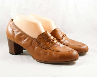 Size 8.5 1960s Shoes - Caramel Leather Loafers - 60s Brown Shoes - Nice Quality Hipster Chic - Unworn 60's Deadstock - 8 1/2 AA - 47862-5