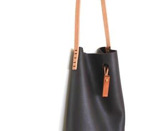 mini.malist leather tote bag 'bittersweet'