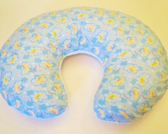 Reversible Boppy Nursing Pillow Cover: Sweet Dreams Flannel with White Soft n Fluffy