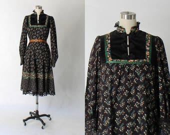 1970s Gunne Sax Floral Cotton Dress // 70s Vintage Boho Hippie Flower Print Tent Dress // Small - Medium