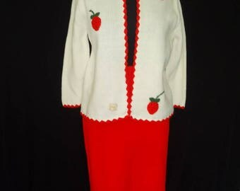 Strawberry Novelty Knit Vintage 1950's Women's Rockabilly NOS Skirt Suit M