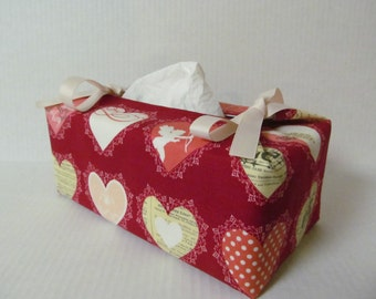 Tissue Box Cover/Hearts x Ivory Ribbon