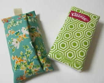 Tissue Case/Flower On Green