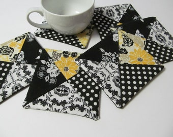Set Of 6 Fabric Coasters/Black x Yellow