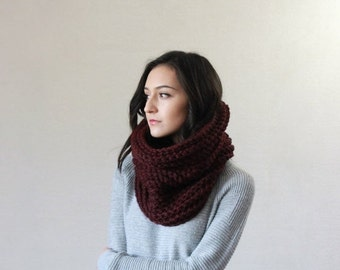 End of season SALE Chunky Knit Cowl Ribbed Textured Neckwarmer // The Bordeaux - CLARET