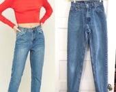 "Vintage 80s 90s Revival Grunge STRAIGHT Skinny Light Medium Blue LEVIS Denim Festival MoM Jeans  W 24"""