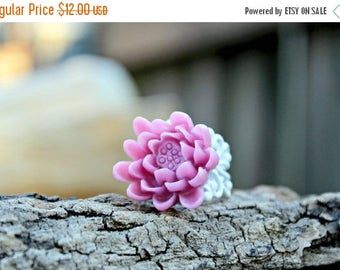 Spring Clean Sale X-grande Lilac Waterlily Filigree Ring
