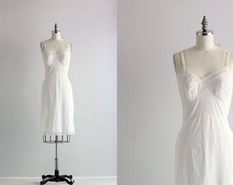 Retro Slip . Short Dress White Slip . Vintage Lingerie Undergarments