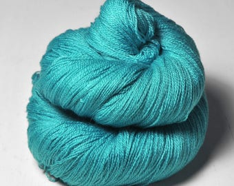 Lost in the Caribbean sea OOAK - Merino/Silk/Cashmere Fine Lace Yarn
