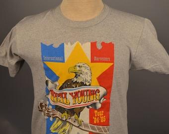 Vintage Neil Young INTERNATIONAL HARVESTER Tour 84-85 Rock Concert T SHIRT Small
