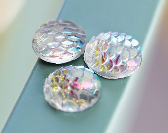 12mm Iridescent Clear Fish Scale Round Flat Resin Gem