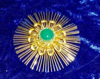 Vintage 60s Starburst Brooch, Glasss  enter cabochon Mid-centry modern Aerospace design abstract starburst brooch