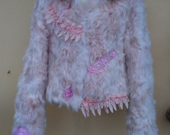 """20%OFFplusREFUND SHIPPING vintage bohemian gypsy romantic rock ivory fur jacket....small to firm 36"""" bust"""