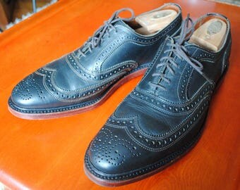 Allen Edmonds McTavish wingtips sz 10D