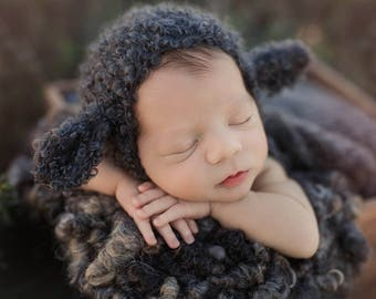 Baa Baa Black Sheep Bonnet (Newborn)