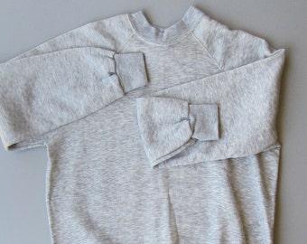 Vintage 1980s Made in the USA Deadstock Heathered Grey Raglan Sleeve Sweatshirt. Mens XL