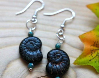 Cute snail shell earrings.