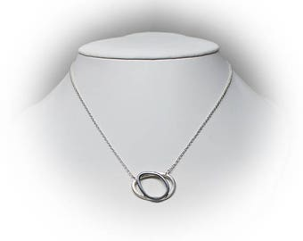 Sterling Silver Connected Oval Necklace