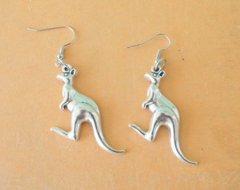 The KANGAROO Earrings...pierced ears. kitsch. retro. safari. animal lover. australian jewelry. handmade. zoo animals. safari jewelry. desert