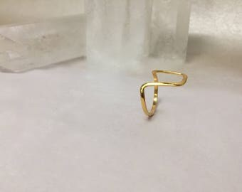 Flat Fang Gold Or Silver Wire Ring