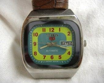 Vintage 1970s Men's Seiko 5 Day Date Automatic Calendar Watch