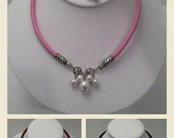 Leather Cord Necklace Embellished with Shell Pearls