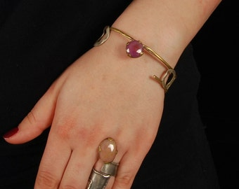 Red Sapphire Bangle Bracelet, Boho Sapphire Bracelet, Gold Antique Gem Bracelet, Silver Gold Brass Bangle Bracelet, Birthstone Bracelet