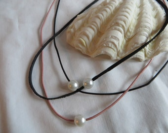 Single Pearl Necklace with Lobster Claw Clasp, necklace, pearl, leather