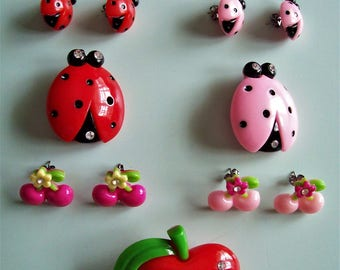 1950s Vintage style Ladybug Cherry Apple Earrings & Brooches/Pins - Choose color.