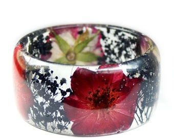 Red Rose Bracelet - Jewelry with Real Flowers- Dried Flowers- Black Bracelet - Red Dried Flowers- Black Bracelet- Resin Jewelry