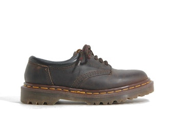 1990s Dr Martens Made In England UK4 US6 Greasy Brown Oxford Shoes DMs 90s Vintage Docs Industrial Footware