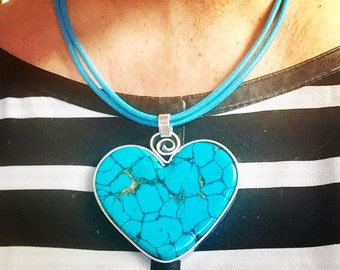 Beautiful Wire Wrapped Faux Turquoise Pendant on Leather