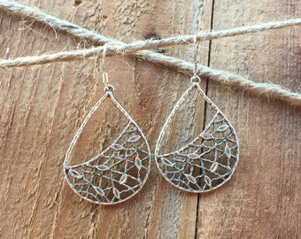 Netted Tear Drop Silver Earrings