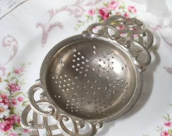 Vintage tea strainer  metal teacup country shabbychic