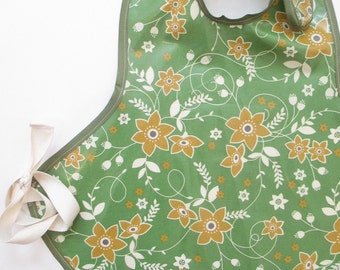 Art Smock in Calm Sage with Florals--Size 2T-5T--Ready to Ship