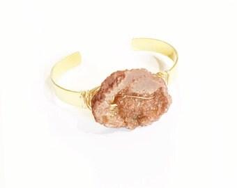Tan Druzy Geode Cuff, Crystal Bracelet, Crystal Jewelry, Druzy Bracelet, Druzy Jewelry, Champagne Jewelry, Champagne Bracelet, Wire Bangles