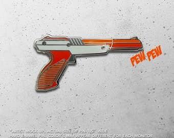 Zapper Gun / Nintendo / 8 bit / Duck Hunt / NES / Pew Pew / Hat Pin / Lapel Pin / Hard Enamel /  Pin / Lapel Geek Pin