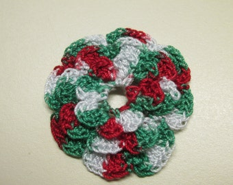 RUFFLED Spool Pin Doily (Variegated - Christmas Red/Green/White)